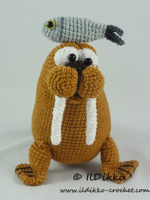 Amigurumi Walrus : Walter the Walrus Amigurumi Crochet Pattern