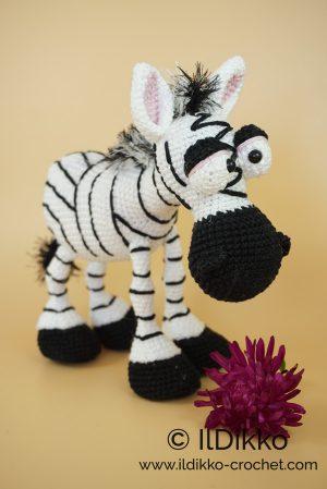 Ravelry: Betje Zebra pattern by Kristel Droog ---FREE PATTERN ... | 449x300