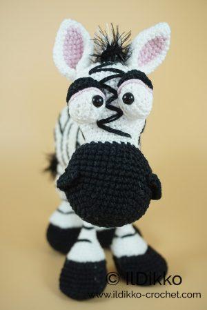 Zoe the zebra- amigurumi pattern | Crochet toys patterns, Crochet ... | 449x300