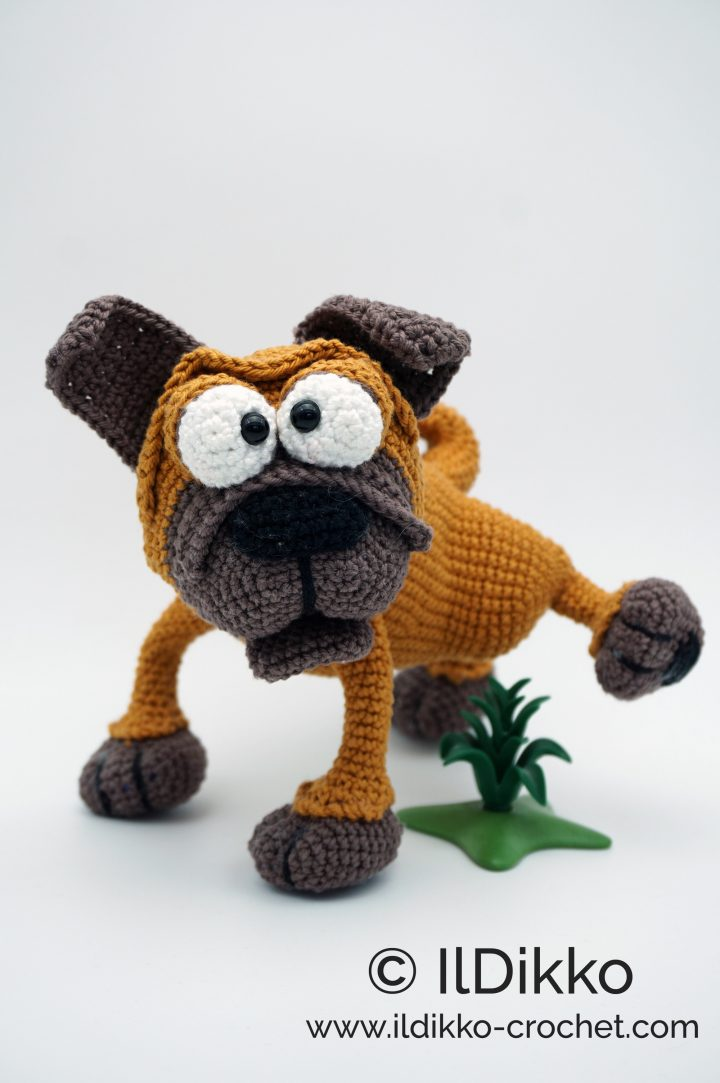 Albert the Amigurumi Pug | PDF Crochet Pattern – AiraliDesign | 1083x720